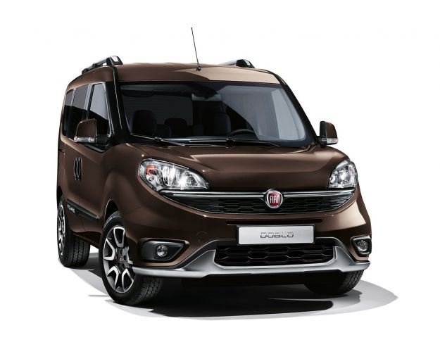 Fiat Doblò Trekking: look da crossover, prezzi da 24.450 euro [FOTO]