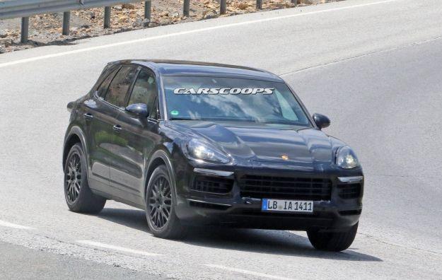 Foto spia Nuova Porsche Cayenne