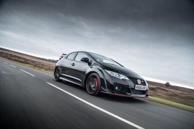 Honda Civic Type-R Black Edition, il canto del cigno: gli ultimi 100 esemplari [FOTO]
