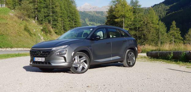 Hyundai NEXO: prova su strada del crossover che viaggia ad idrogeno