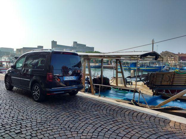 Volkswagen Caddy, prova su strada: prezzo, dimensioni e bagagliaio [FOTO]