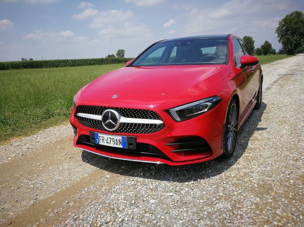 Mercedes Classe A 2018: prova su strada, prezzo, interni e motorizzazioni