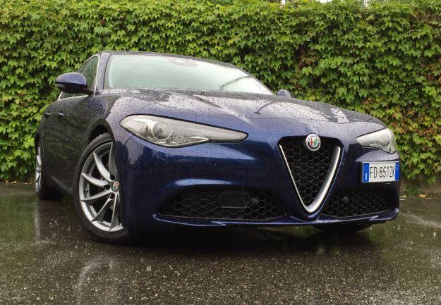 Alfa Romeo Giulia 2018: prova su strada, prezzo e motori [FOTO]