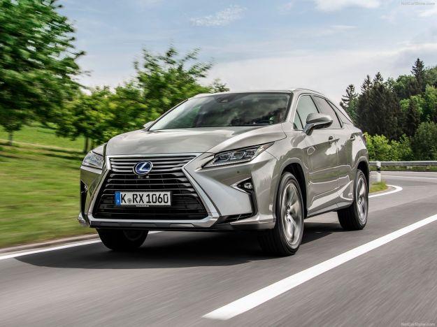 Nuovo Lexus RX L Hybrid 7 Posti: eleganza e funzione