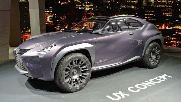 Lexus UX Concept angolo anteriore