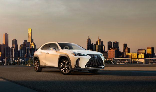Lexus UX immagine svelata