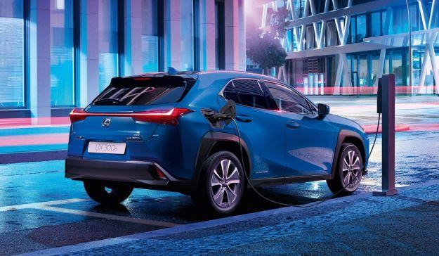 Lexus UX 300e 2020 cover