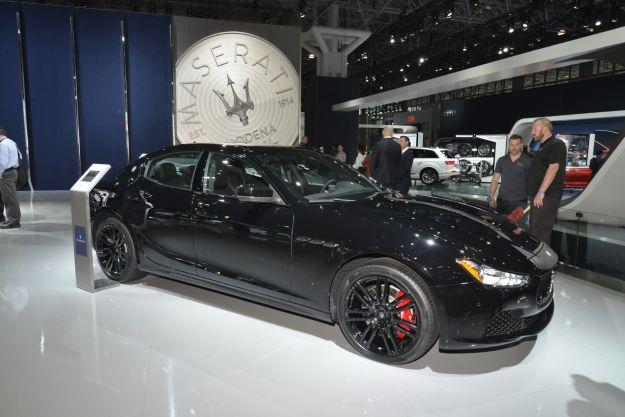 Maserati Ghibli Nerissimo 2017: edizione limitata al Salone di New York [FOTO]