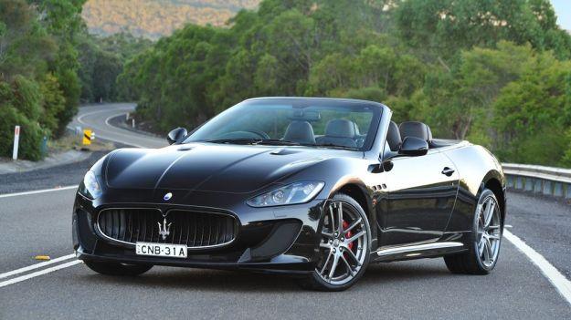 Maserati GranCabrio: prezzo e scheda tecnica, anche Sport e MC Centenario [FOTO]