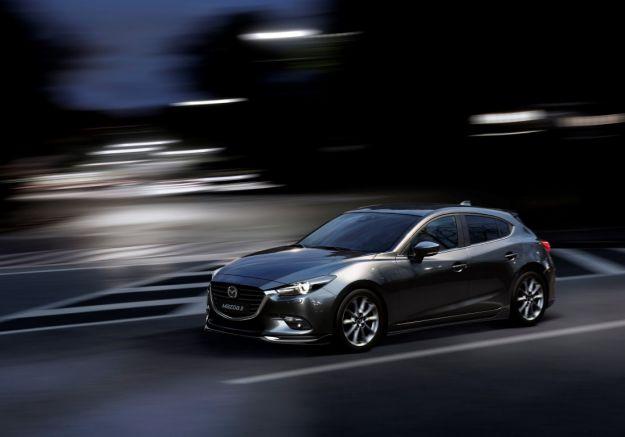 Mazda 3 restyling 2017, in Europa a fine anno [FOTO]