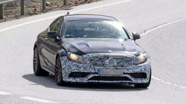 Mercedes AMG C 63 Coupé 2018: le foto spia del facelift
