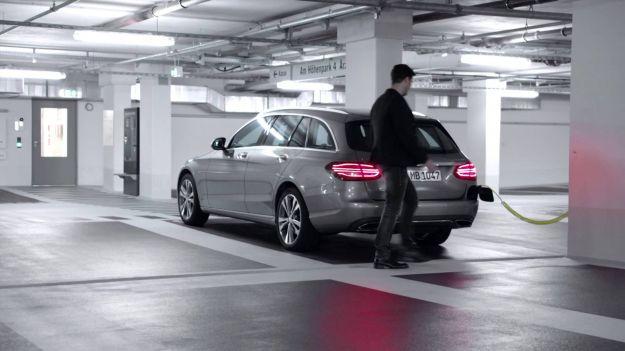 Nuove Mercedes: 10 modelli plug-in hybrid entro il 2017