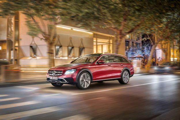 Mercedes Classe E All Terrain: dimensioni maggiori, prezzo e caratteristiche [FOTO]