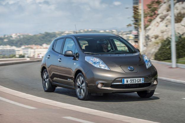 Nissan Leaf 2017: prezzo, autonomia e scheda tecnica [FOTO]