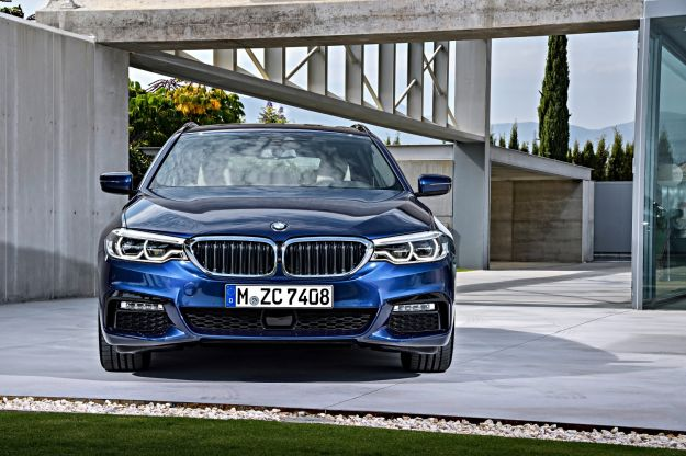 BMW al Salone di Ginevra 2017, la novità è Serie 5 Touring