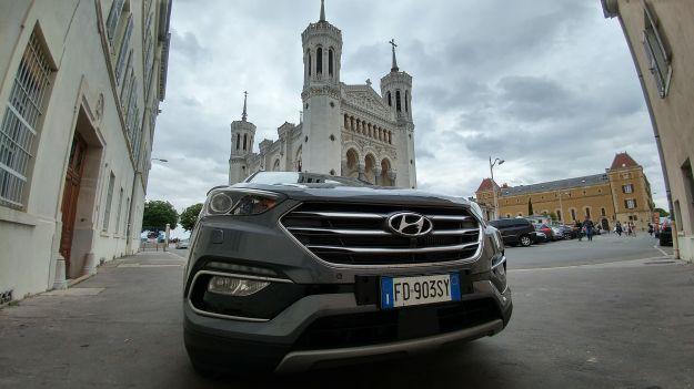 Nuova Hyundai Santa Fe 2016: prova su strada, prezzi, dimensioni e motori [FOTO]