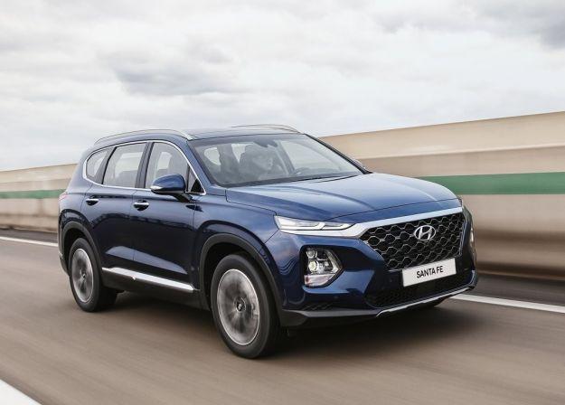 Nuova Hyundai Santa Fe 2018: aumentano spazio e sicurezza