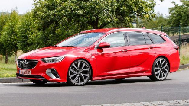 Opel Insignia Sports Tourer GSi 2018: anche a gasolio prestazioni elevate [FOTO]