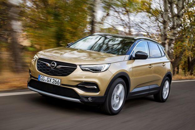 Opel Grandland X 2017: dimensioni e prezzi. In uscita Ultimate con motore diesel [FOTO]