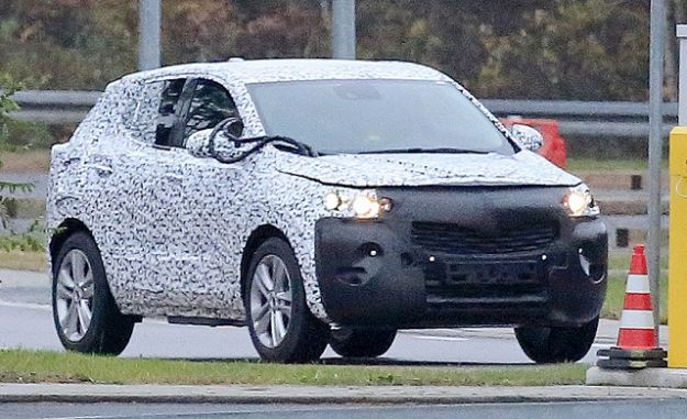 Nuova Opel Mokka X 2019: foto spia e primi rumors