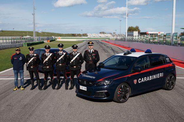 Andreucci ed i Carabinieri: insieme con la Peugeot 308 GTi