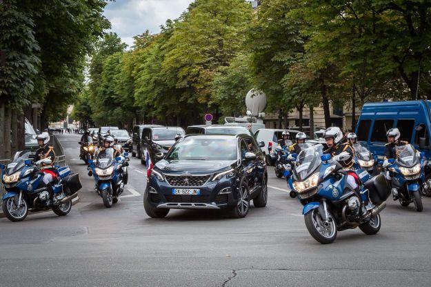 Nuova Peugeot 5008 è il SUV scelto anche dal presidente Macron