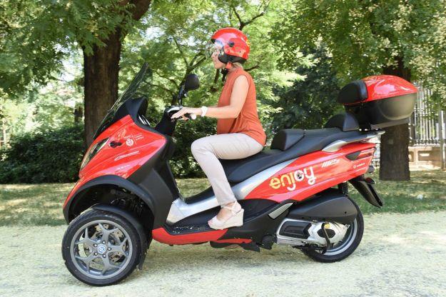 Piaggio MP3 scooter sharing Enjoy