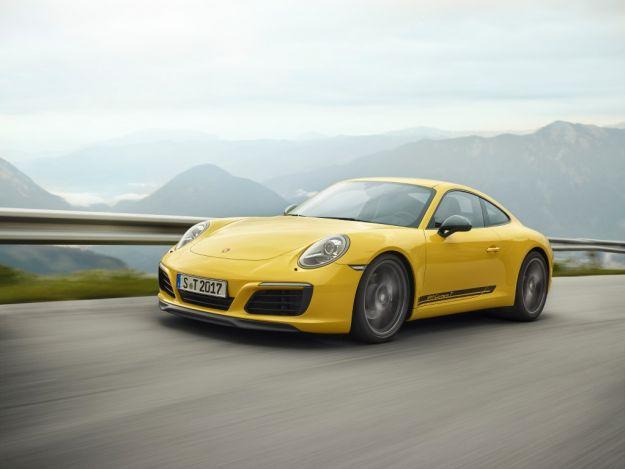 Porsche 911 Carrera T: prestazioni, prezzo e scheda tecnica della Touring [FOTO]