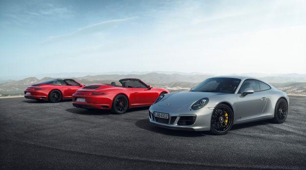 Nuova Porsche 911 GTS 2017: prezzo e prestazioni. Cabrio, Targa e 4 [FOTO]