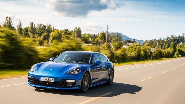 Porsche Panamera Turbo S E-Hybrid Sport Turismo: prezzo, scheda tecnica e motore [FOTO]