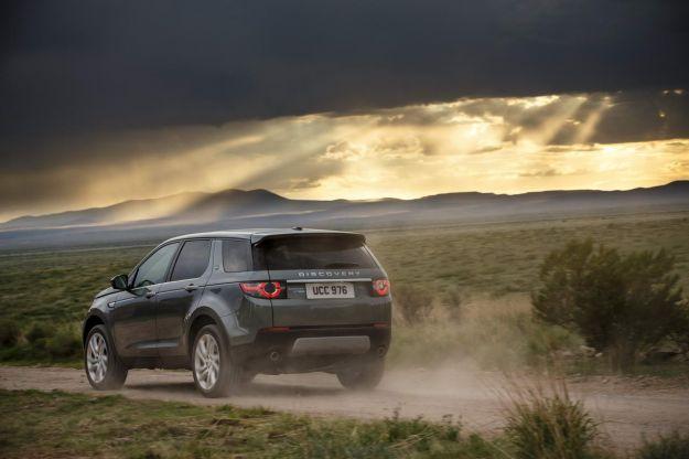 Promozioni Land Rover Novembre 2016: omaggi per il Discovery Sport [FOTO]