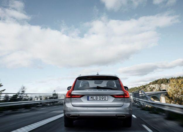 Sconti Volvo Dicembre 2016: offerta per la V90 [FOTO]