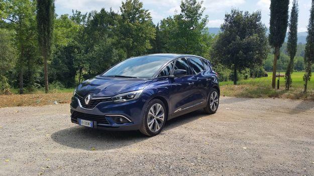 Renault Scenic: prova su strada del nuovo motore benzina 1.3 litri
