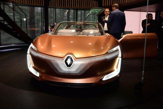 Renault Symbioz Concept 2017: l'auto del futuro pronta a sfidare Audi Aicon [FOTO]