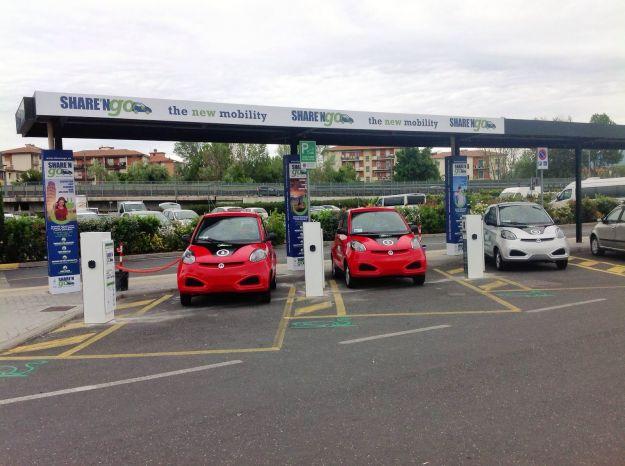 Car Sharing Milano:, confronto: Atm, Eni, Car2go e gli altri. Quale scegliere?