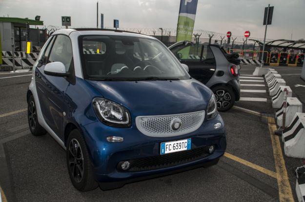 Smart Fortwo Cabrio: prova su strada, scheda tecnica, allestimenti e prezzi [FOTO]