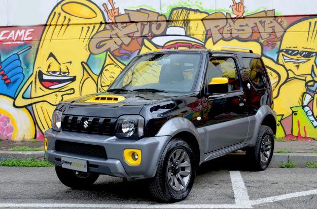 Suzuki Jimny Street, prezzo e dotazioni: esordio al Parco Valentino [FOTO]