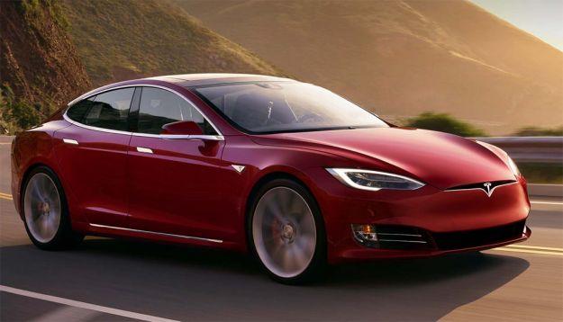 Tesla Model S e Model X P100D: super batteria per super accelerazione [FOTO]