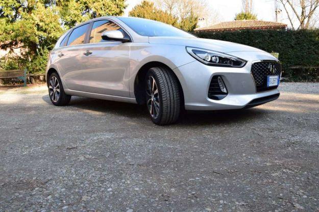 Nuova Hyundai i30 2017: prova su strada, prezzo e interni [FOTO]