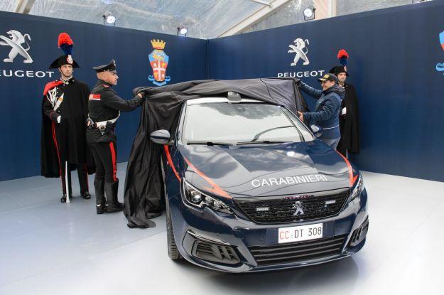 Nuova Peugeot 308 GTi: il nuovo modello consegnato all'Arma dei Carabinieri