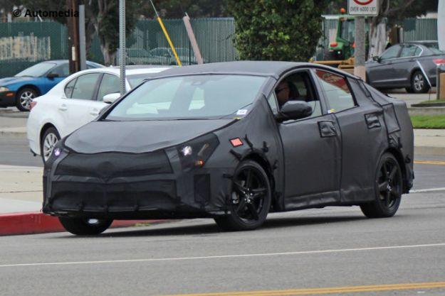 Toyota Prius: foto spia dell'ibrida giapponese [FOTO]