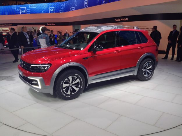 Volkswagen Tiguan GTE Active Concept al Salone di Detroit 2016 [FOTO]