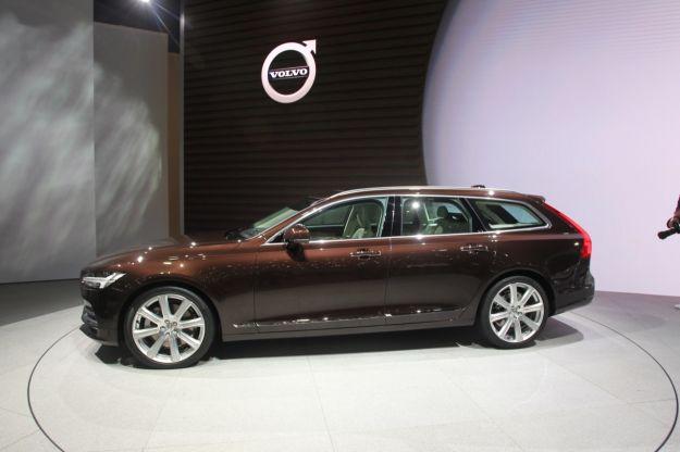 Volvo al Salone di Ginevra 2016, le novità auto esposte: attese la V90 e la V40 restyling