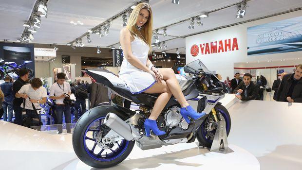Yamaha_R1M_2015_Eicma