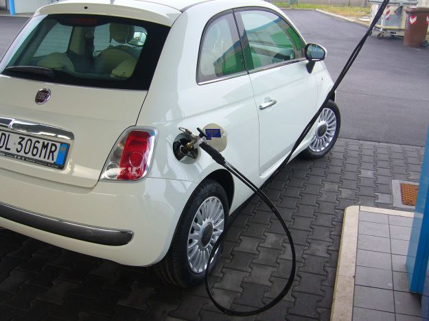 auto metano 2012 listino prezzi