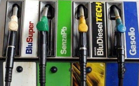 Consumo benzina in calo negli Usa