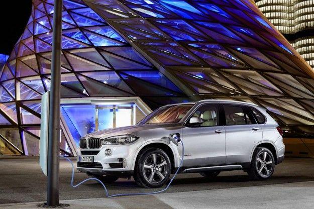 BMW X5 xDrive40e: ibrida plug-in da 313 cavalli [FOTO]