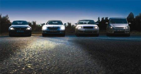 Fari auto: come risparmiare energia scegliendo le lampade giuste
