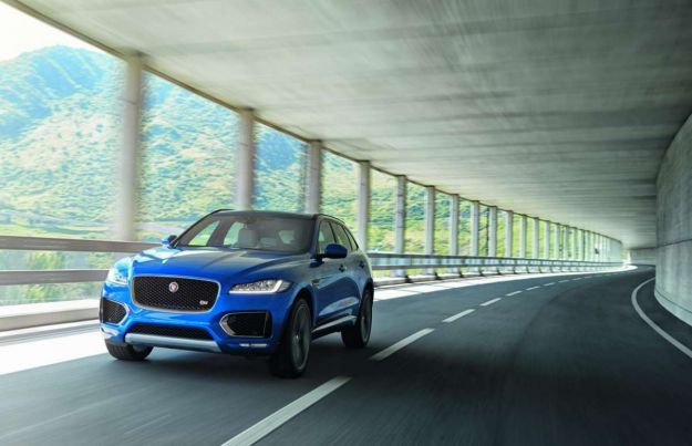 Jaguar F-Pace 2017: prova su strada, prezzo e dimensioni. Anche da 240 cv [FOTO]