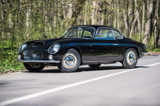 Lancia Flaminia Sport Zagato, prezzo: in vendita all'asta da Sotheby's la bellissima auto storica [FOTO]